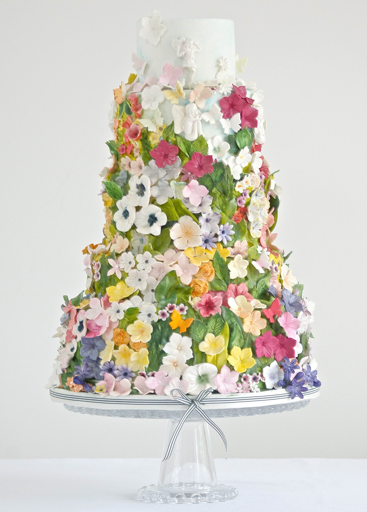 30 Enchanting Spring Wedding Cake Ideas