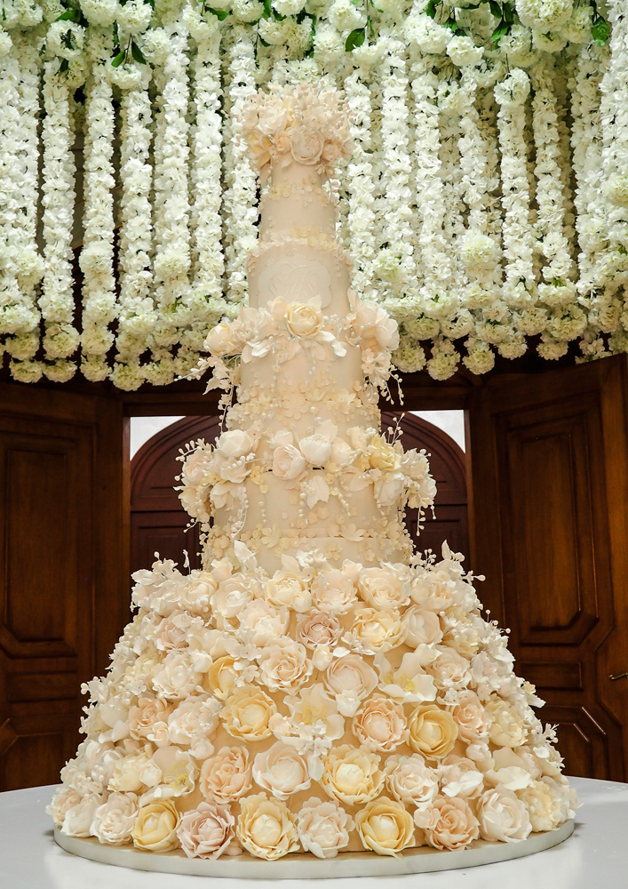 A Moment With London\'s Leading Cake Designer Rosalind Miller Cakes ...