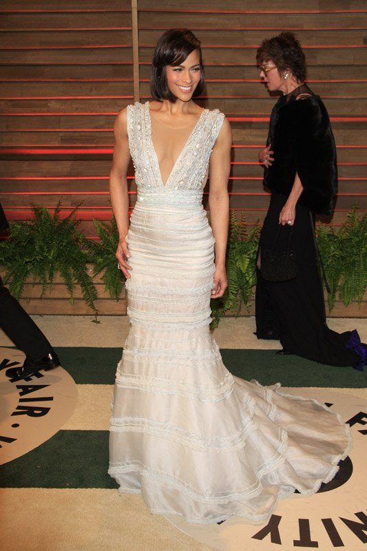 7 Times Celebrities Wore Wedding-Worthy Gowns On The Red Carpet ...